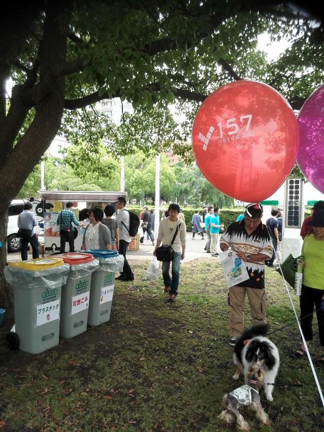 横浜セントラルタウンフェスティバル ごみ箱 カート 廃棄物処理